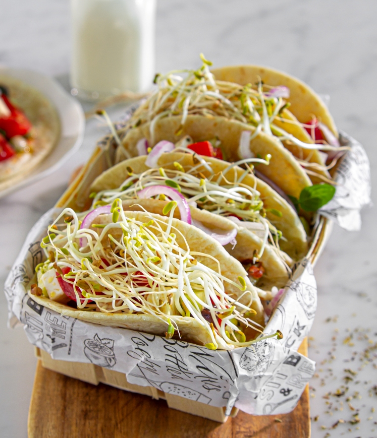 tacos-germogli-fieno-greco