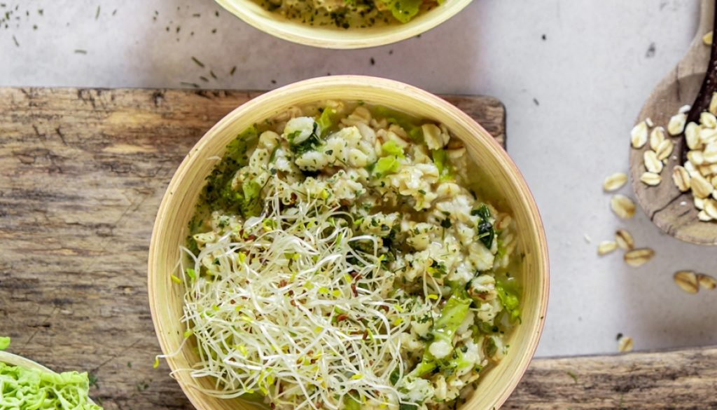 porridge-salato-germogli-alfalfa